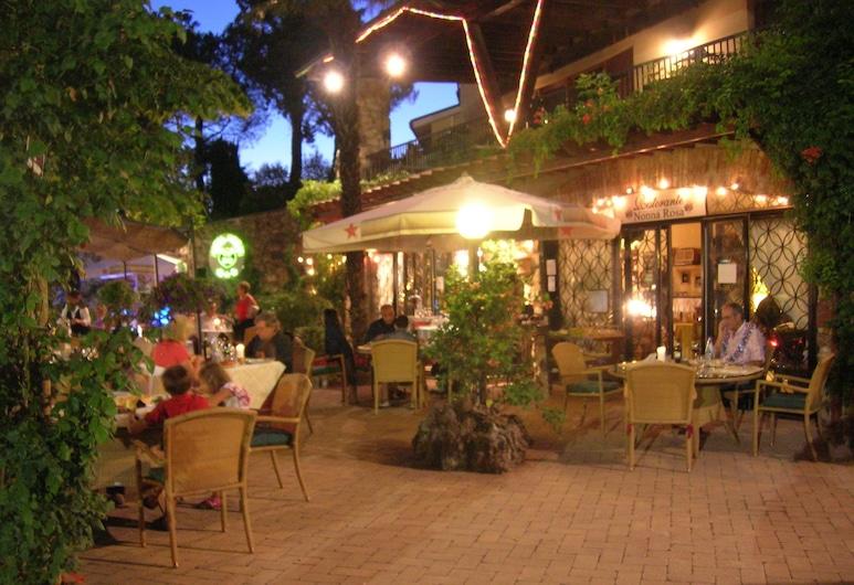 Hotel Rosati, Chiusi, Terraza o patio