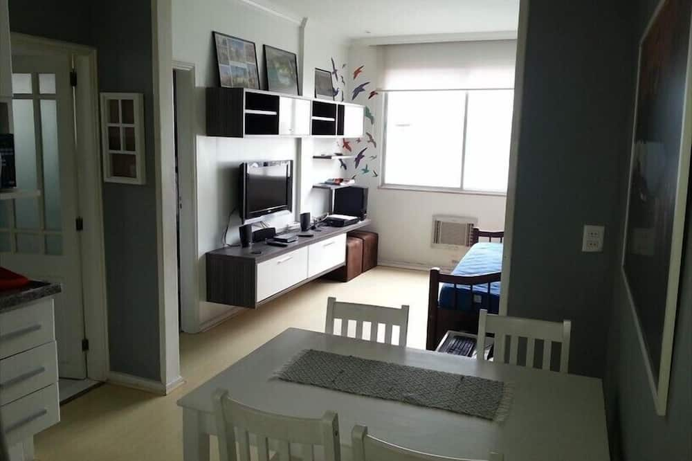 Deluxe Apartment (For 4 people) - In-Room Dining