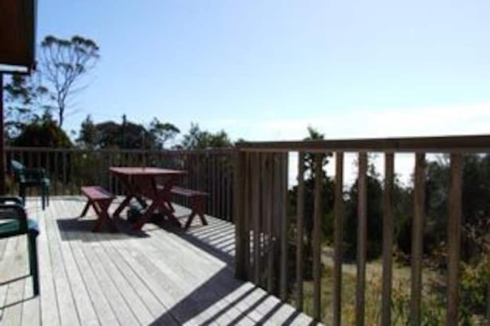Oyster Catcher Villa - Balcony