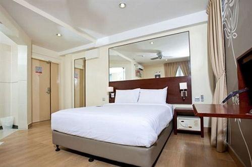 โรงแรมทูน