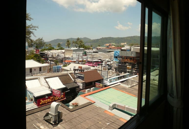 Bangla Star Hotel, Patong, Deluxe Double Room, 1 King Bed, Partial Sea View, Guest Room
