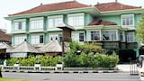 Choose This 2 Star Hotel In Nusa Dua