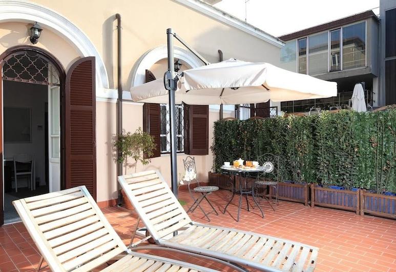 Villa Pirandello, Rom, Deluxe dubbelrum - terrass, Terrass