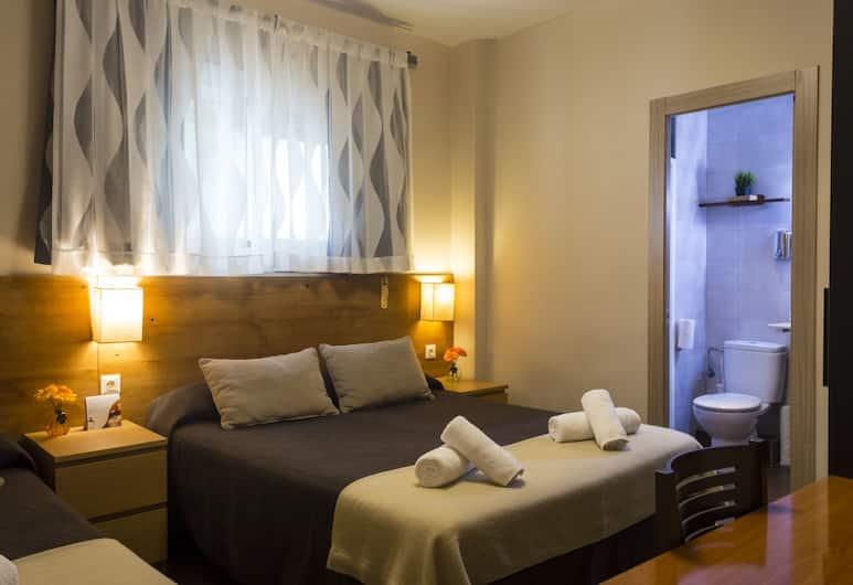 호스탈 알로가르, 바르셀로나, 스탠다드 트리플룸, 객실
