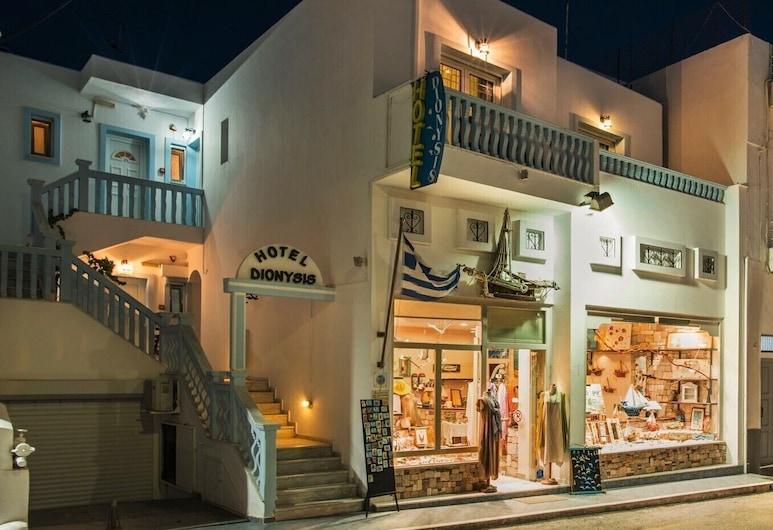 Hotel Dionysis Studios, Milos, Voorkant hotel