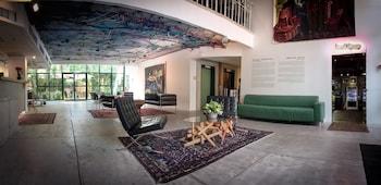 特拉維夫達基列夫閣樓現場藝術酒店的圖片