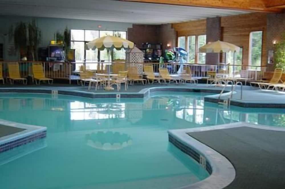 Pocono Resort Conference Center - POCONO MOUNTAINS, East Side
