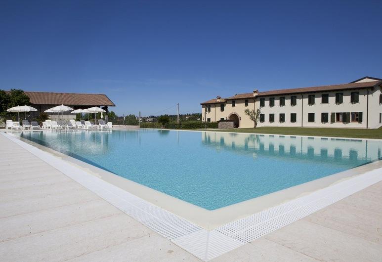 Corte Pontigliardo, Lazise, Εξωτερική πισίνα
