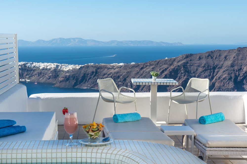 Deluxe Suite, Hot Tub, Caldera View, Higher level, Private terrace (Not secluded) - Tina de hidromasaje privada