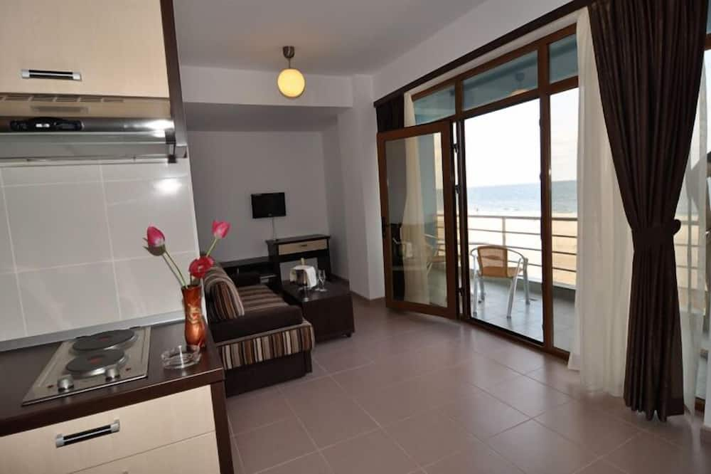 Family Apartment, Sea View - Living Area