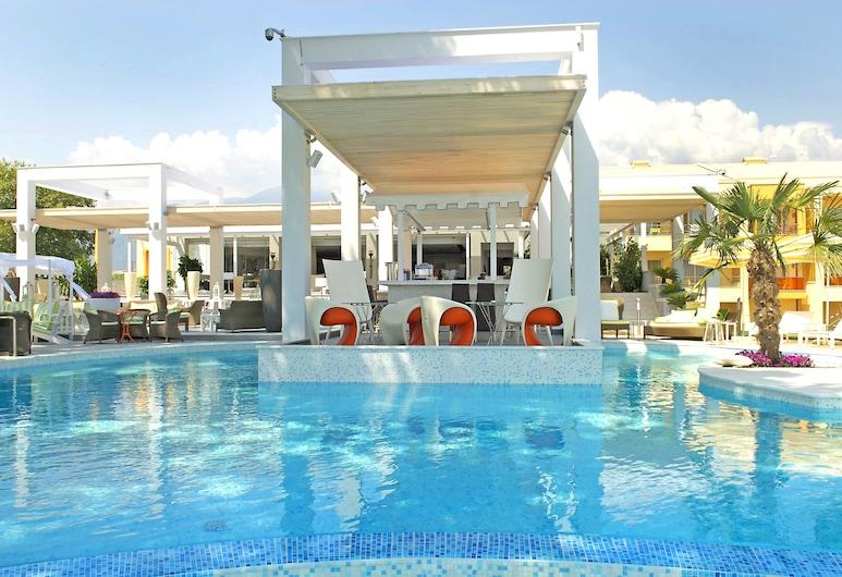 Litohoro Olympus Resort Villas & Spa, Dio-Olympos, Открытый бассейн