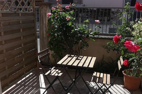 阿里歐拉假日公寓酒店/