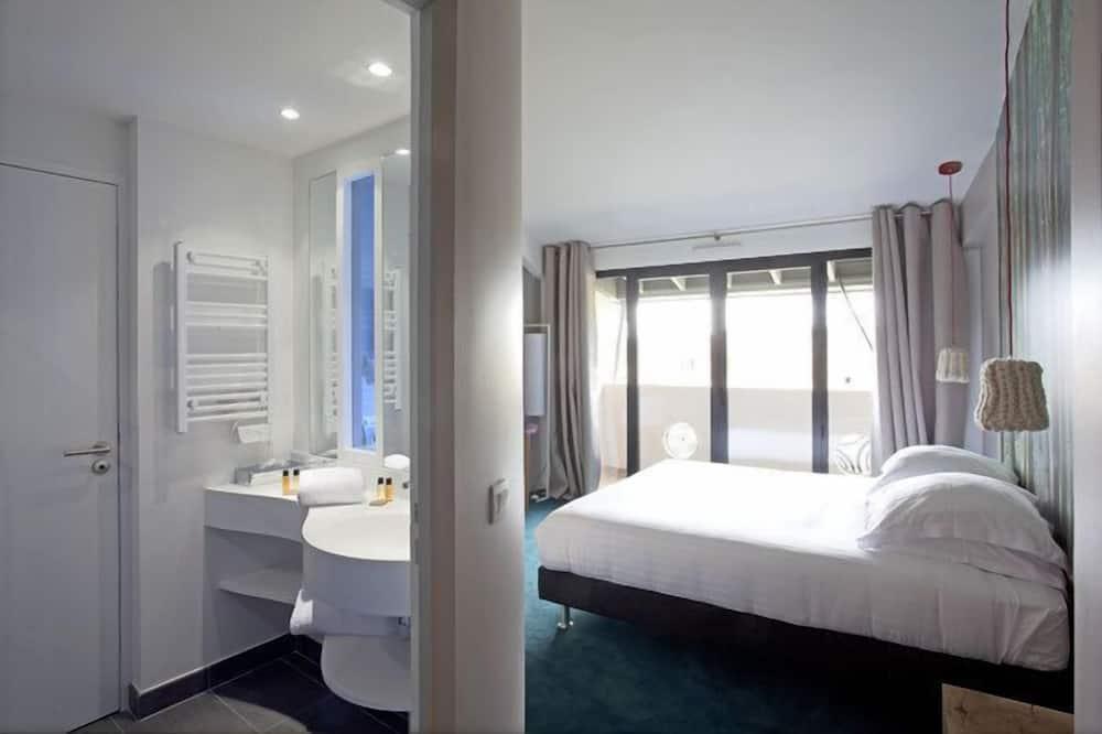 Superior kamer, 1 twee- of 2 eenpersoonsbedden - Badkamer