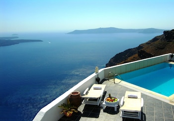 Picture of Aeolos Studios and Suites in Santorini