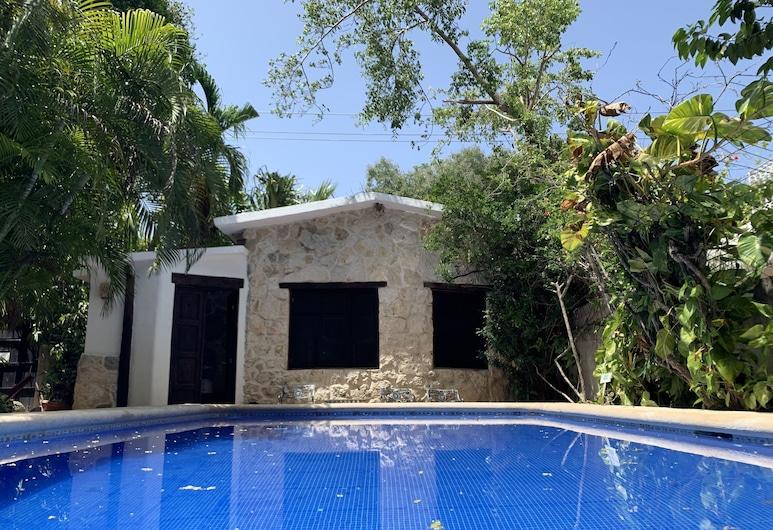 Apart hotel Casaejido, Playa del Carmen, Budget Room For Three, Living Area