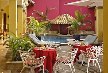 Picture of Hotel Colonial Granada in Granada