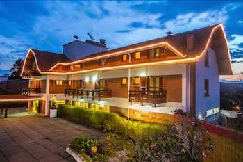 Picture of Hotel Matsubara in Campos do Jordao