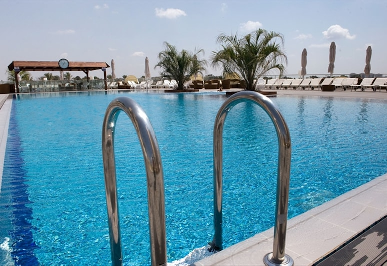 Ramada Hotel & Suites by Wyndham Netanya, Netanya, Hồ bơi ngoài trời