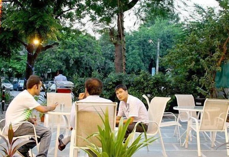 Hotel Amby Inn, New Delhi, Okolica objekta