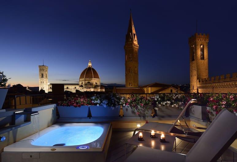 San Firenze Suites & Spa, Florence, Presidentiële penthouse, 2 slaapkamers, terras, in toren, Terras