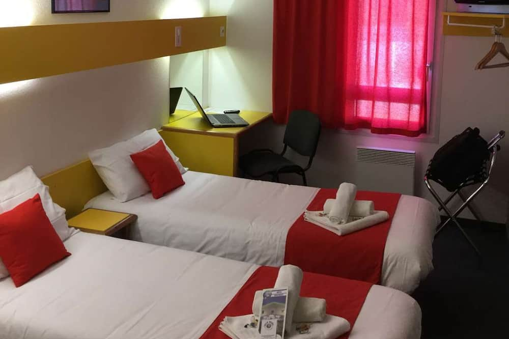 Twin Room, 2 Twin Beds - Guest Room