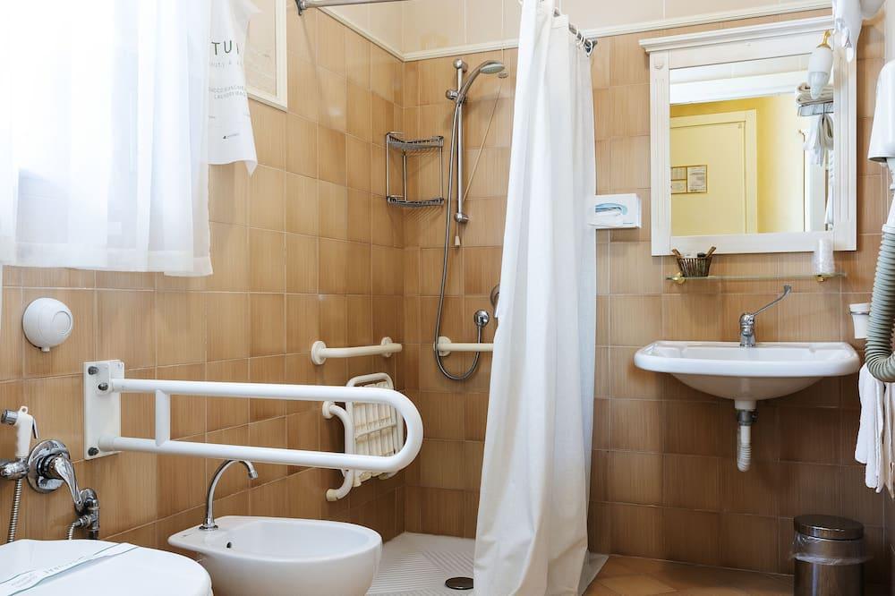 Standardna Twin soba, pristup za osobe s invalidnošću - Kupaonica