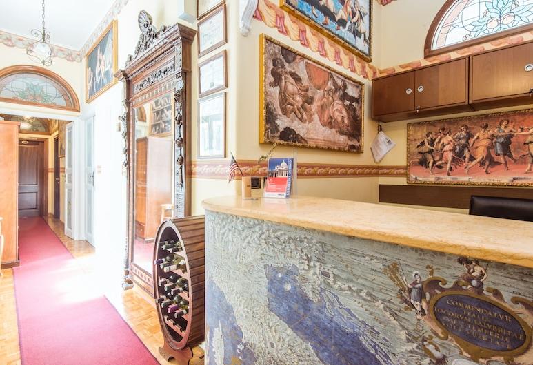 復興運動公寓式酒店, 羅馬, 櫃台