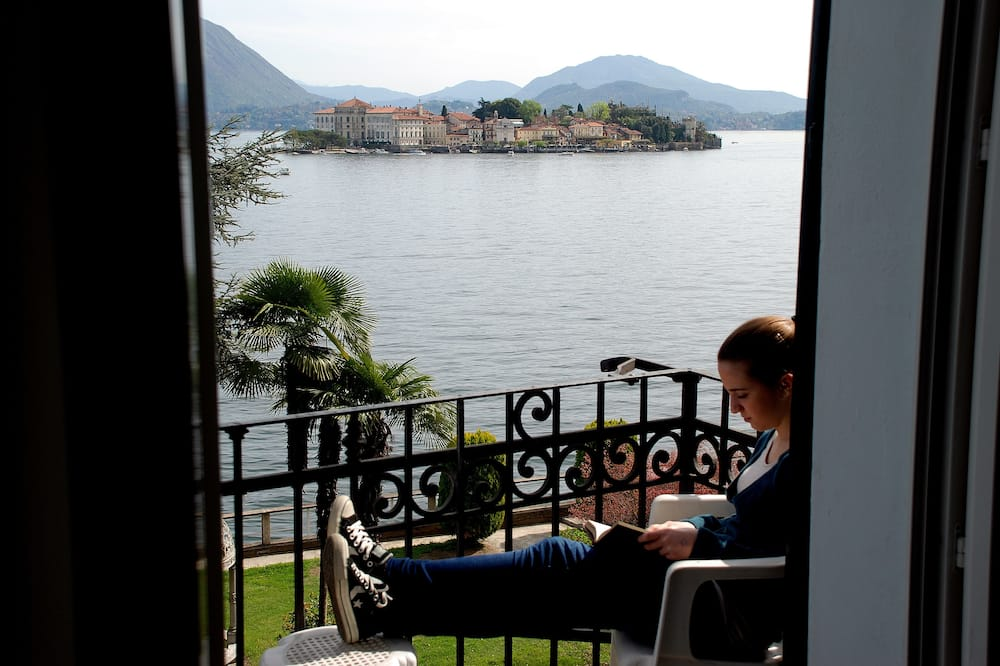 Superior Double or Twin Room, Lake View - Balcony