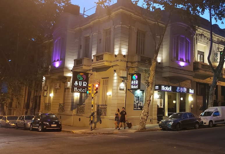 SUR Hotel, Montevideo, Hotel Front – Evening/Night