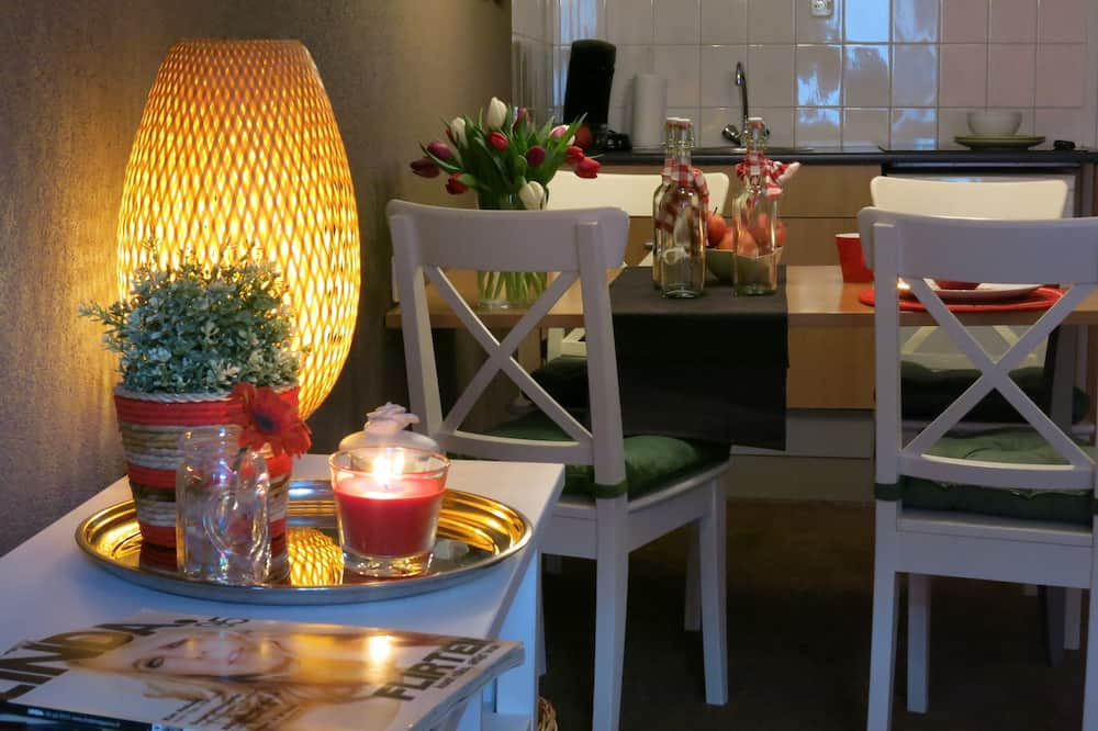 חדר סטנדרט יחיד - אזור אוכל בחדר