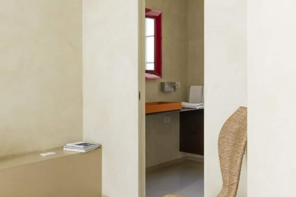 Design Double Room, 1 Double Bed (Design) - Bathroom