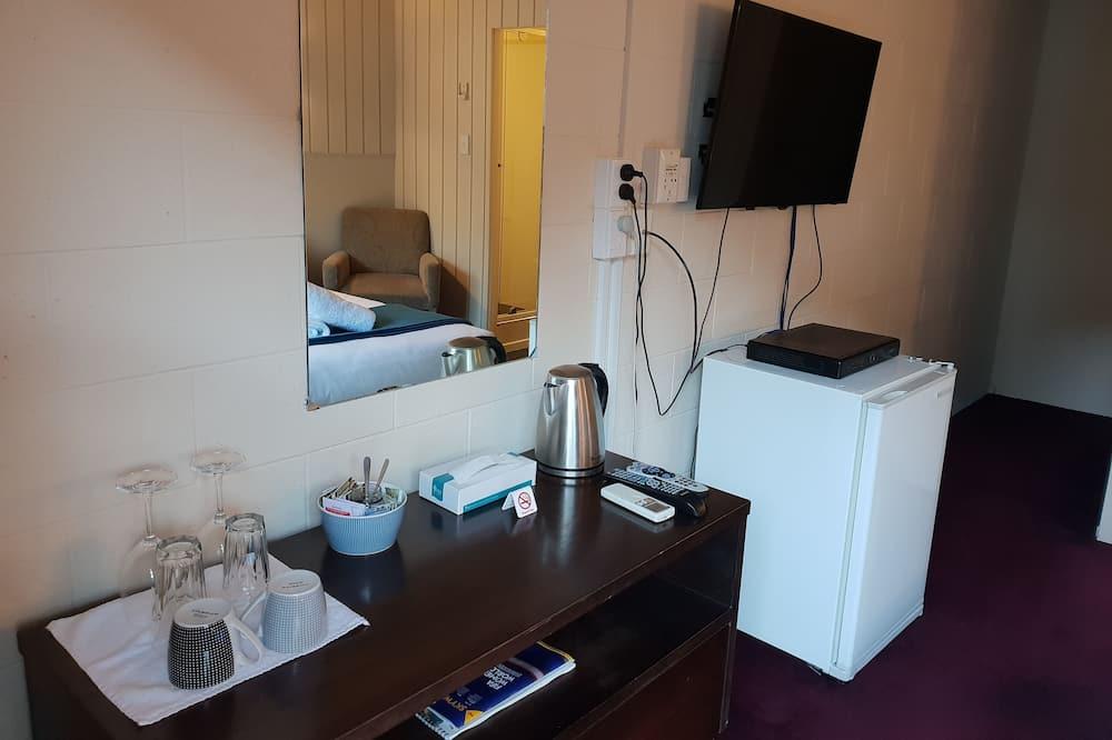 Basic Δωμάτιο, 1 Queen Κρεβάτι - Περιοχή καθιστικού