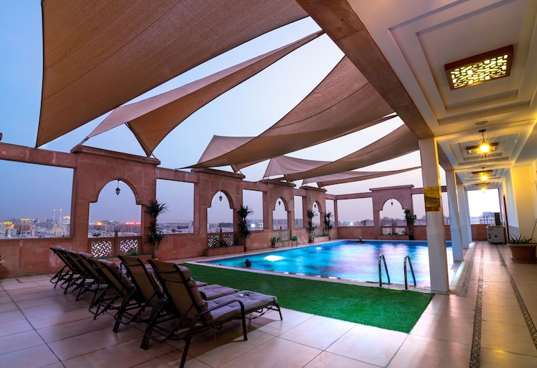 Platinum Hotel, Muscat, Rooftop Pool