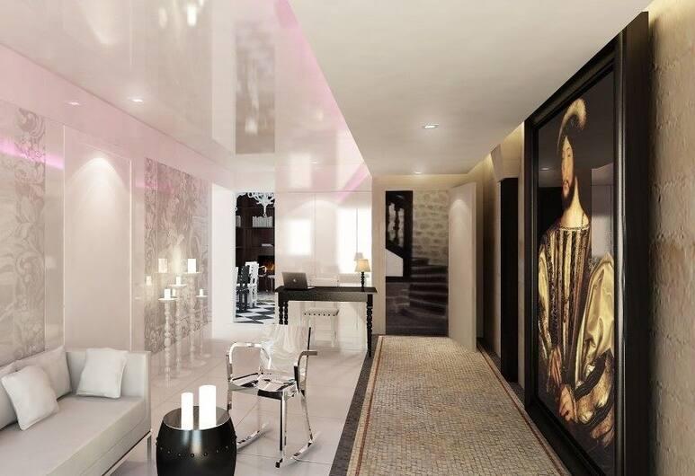 克洛斯聖母院酒店, 巴黎