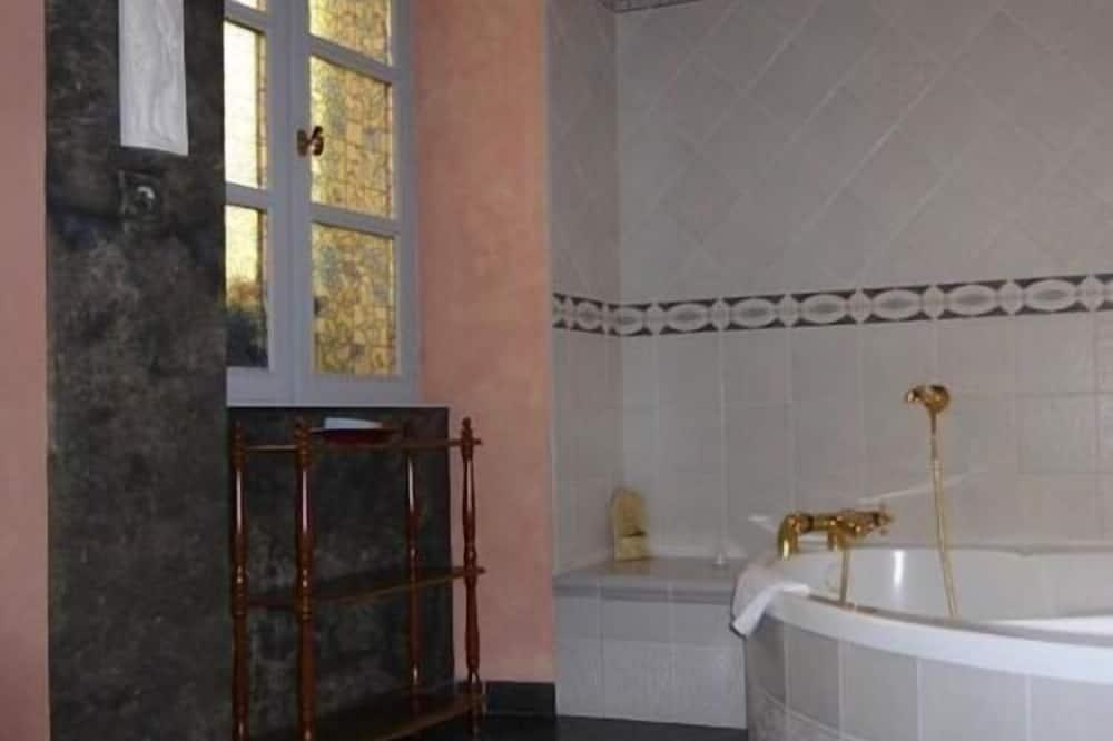 Chambre Triple Deluxe, vue jardin - Salle de bain
