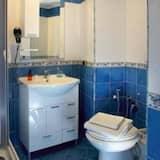 Dobbeltværelse med dobbeltseng eller 2 enkeltsenge (No elevator) - Badeværelse