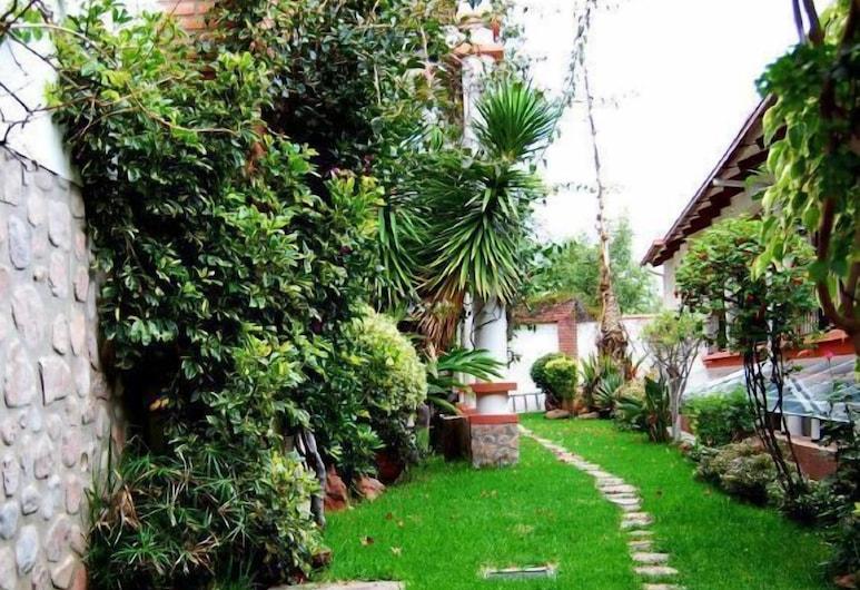 Casa Kolping Sucre, Sucre, Garden