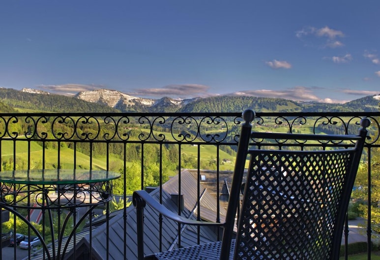 Hotel Bayerischer Hof Kur- & Sporthotel, Oberstaufen, Suite, Balcony, Mountain View, Balcony