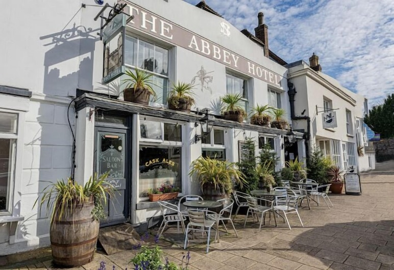 The Abbey Hotel, Battle, Hotel Front