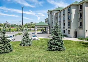 Picture of Quality Inn Orleans in Ottawa