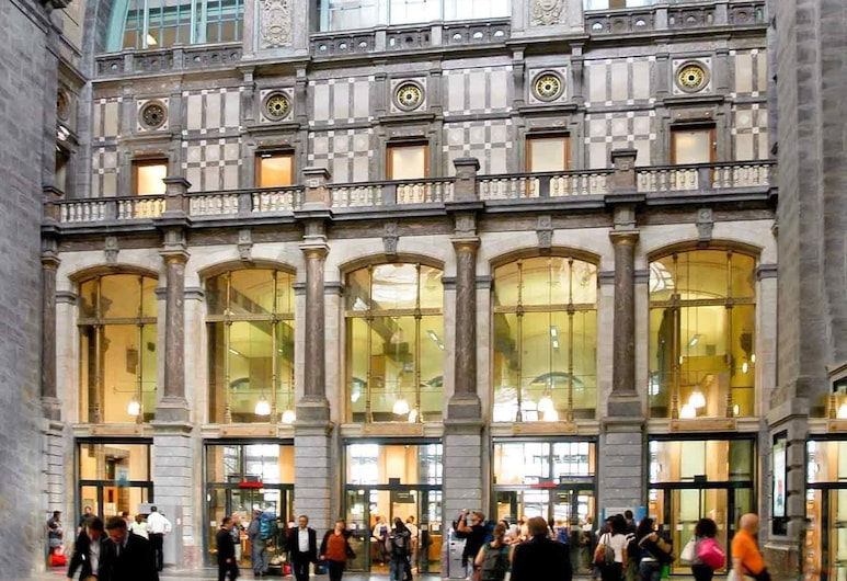 ibis budget Antwerpen Centraal Station, Antwerpen, Hotellfasad