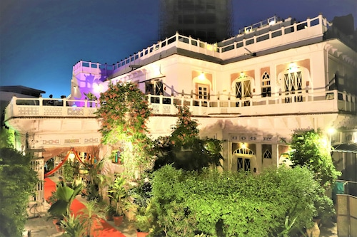 戈提文化遺產酒店/