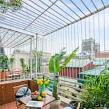 Senior Room, 1 King Bed, City View - Terrace/Patio
