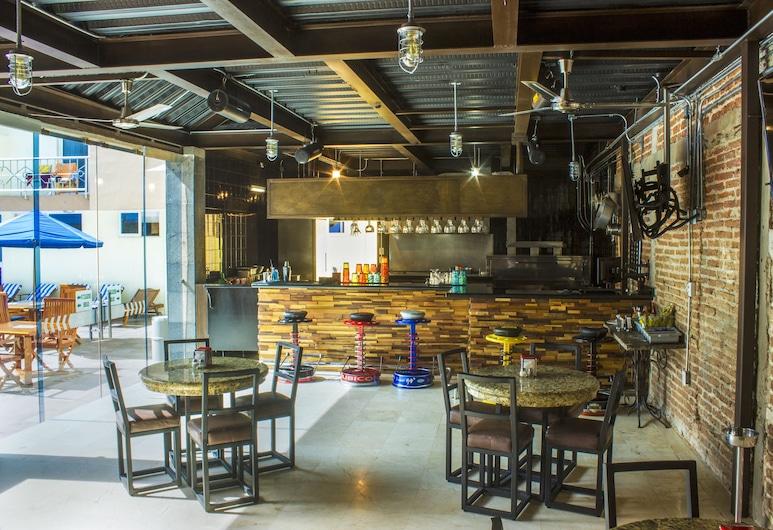 Quality Inn Mazatlan, Mazatlan, Hotellbar