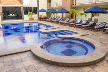 Picture of Quality Inn Mazatlan in Mazatlan