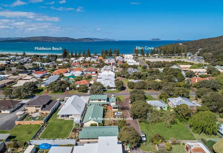 Park Avenue Holiday Units, Middleton Beach, Aerial View