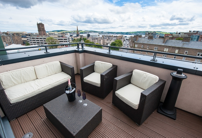Westport Serviced Apartments, Dundee, Penthouse, Balcony