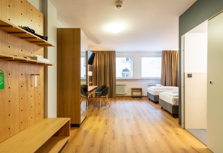 mk hotel frankfurt, Frankfurt, Standard-Zweibettzimmer, Zimmer
