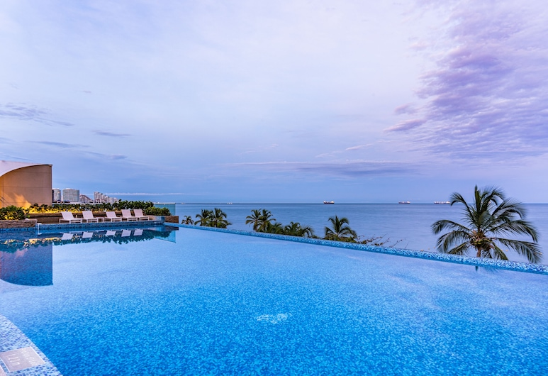 Irotama Torres, Santa Marta, Luxusný bazén
