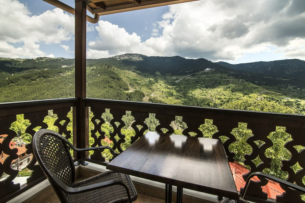 Deluxe Double Room, Fireplace, Mountain View - Balcony